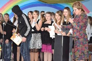 """Награждение участников конкурса """"музыкальный подарок"""""""""""